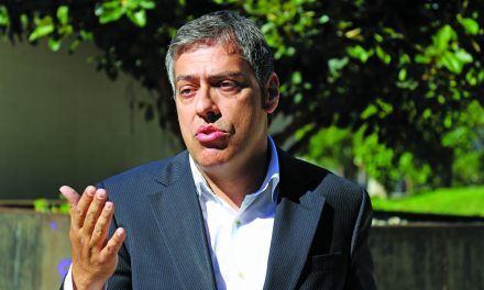 """Victor Júlio: """"Estamos muito libertinos na interpretação das regras"""""""