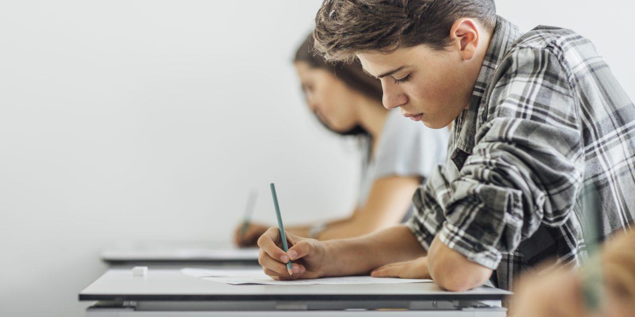 Melhorar a qualidade  do ambiente interior  das escolas? Sim, é possível