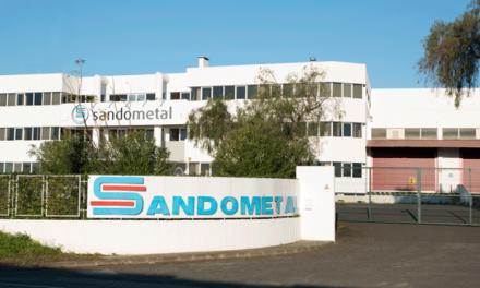 """""""Modernidade"""" e """"um pouco  de atrevimento"""" marcam os  41 anos da Sandometal no mercado"""